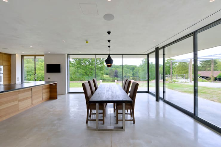 Little England Farm - House: modern Dining room by BBM Sustainable Design Limited