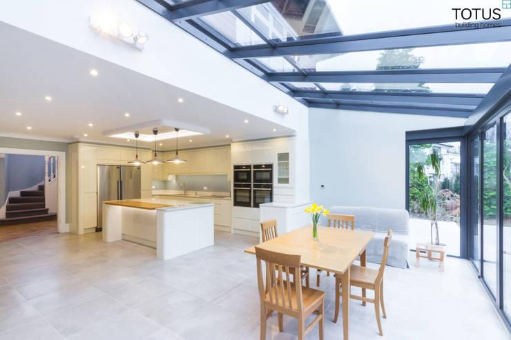 Projekty,  Kuchnia zaprojektowane przez TOTUS
