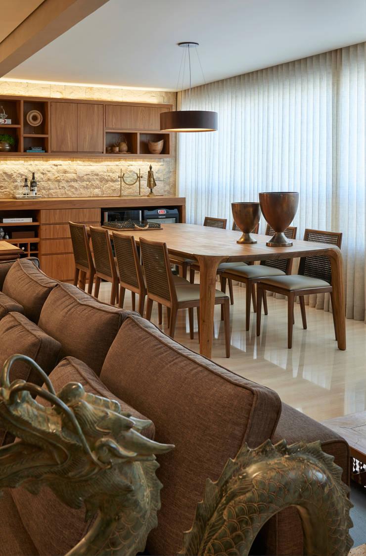 Varanda: Terraços  por Juliana Goulart Arquitetura e Design de Interiores