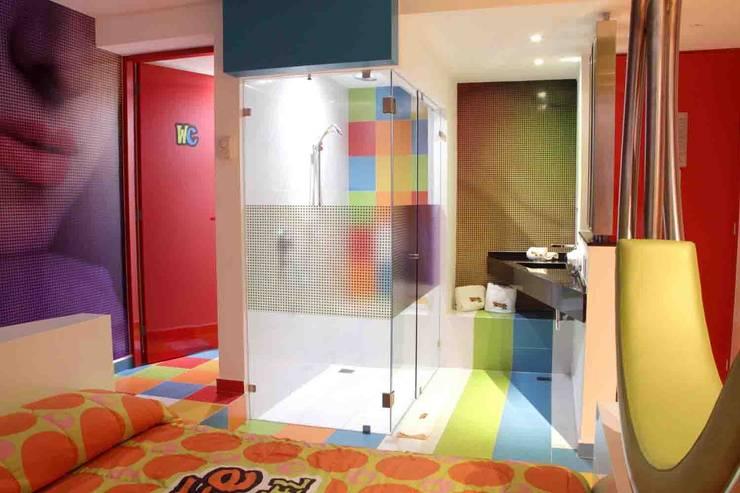 Projekty,  Łazienka zaprojektowane przez DIN Interiorismo