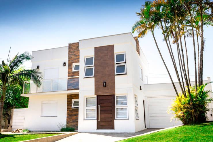 casa de praia: Casas modernas por Deise Soares Estúdio de Arquitetura