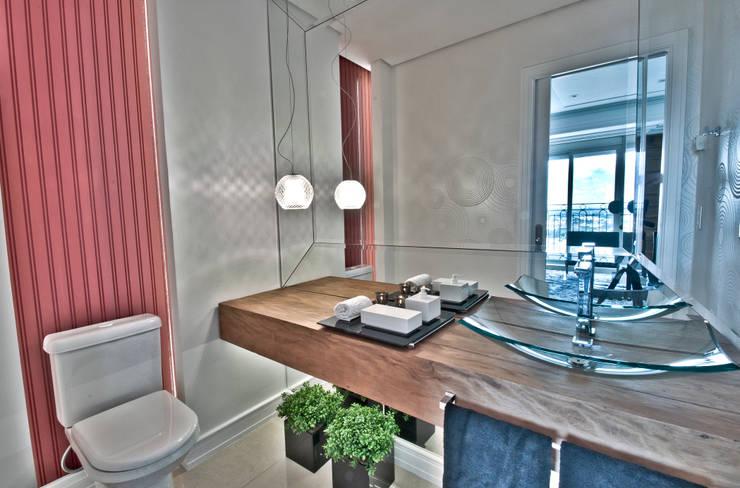 حمام تنفيذ Pauline Kubiak Arquitetura