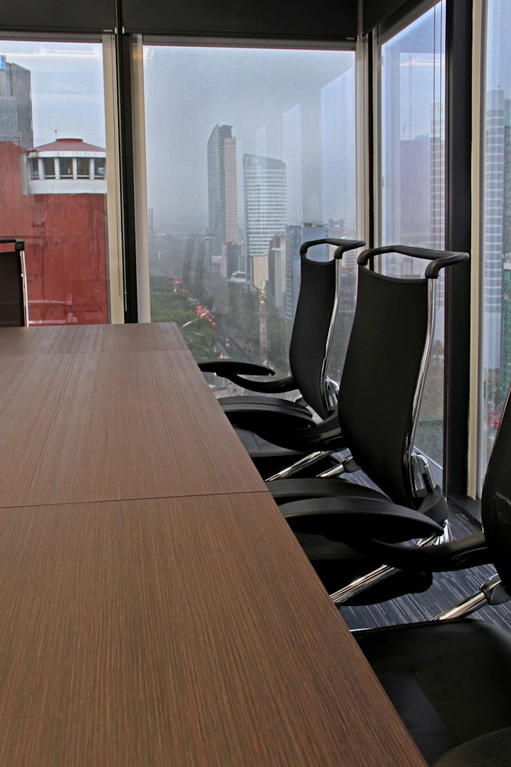 AYESA Estudios y despachos modernos de DIN Interiorismo Moderno