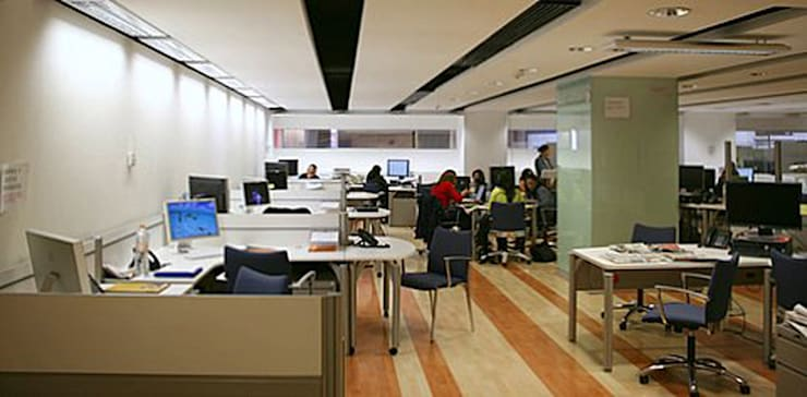 Excélsior : Estudios y oficinas de estilo  por DIN Interiorismo