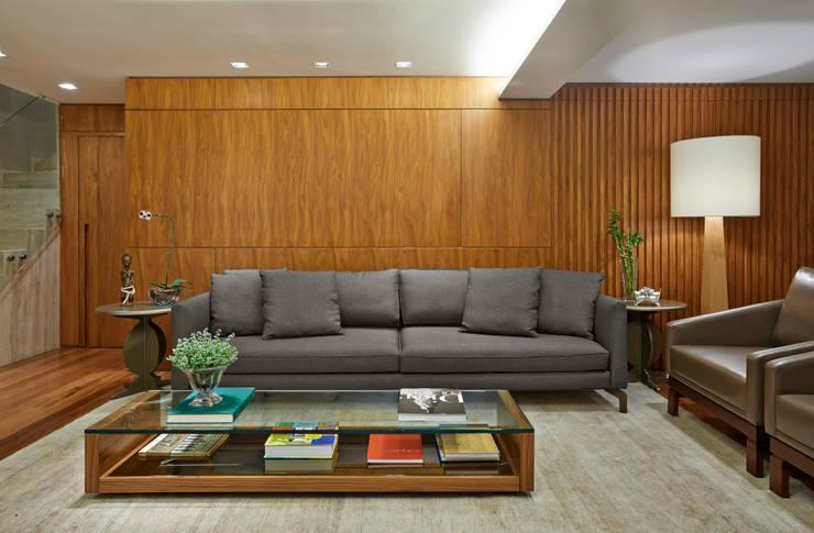 SALA DE ESTAR: Salas de estar modernas por Juliana Goulart Arquitetura e Design de Interiores