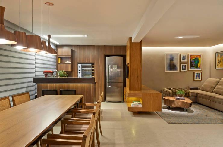 Cocinas de estilo  por Juliana Goulart Arquitetura e Design de Interiores