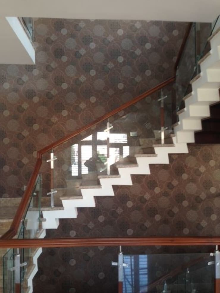 Residential project:  Walls by C J Sheth & Co