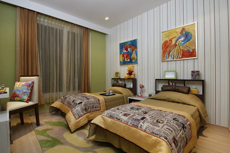 Twin bed- colourful kids room:  Nursery/kid's room by Tanish Dzignz,Modern