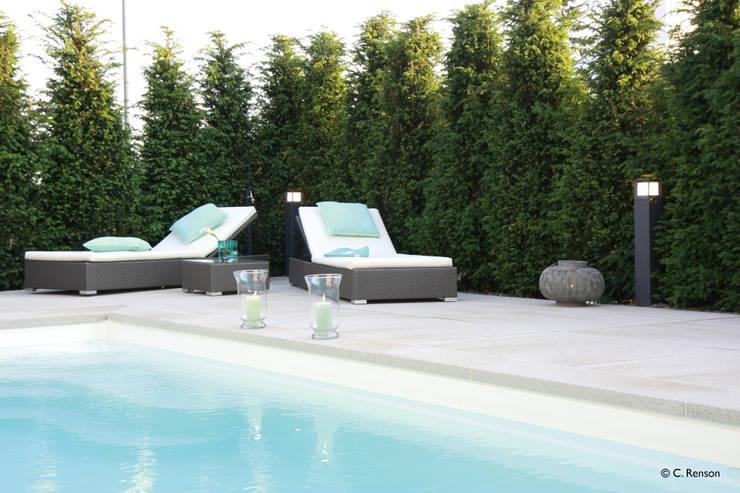 Moderner Familiengarten mit Pool:  Pool von dirlenbach - garten mit stil,Modern