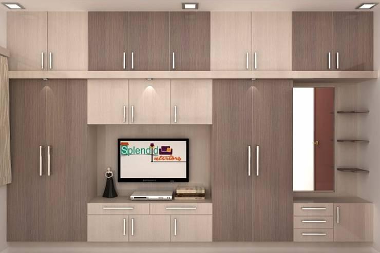 Living room by Splendid Interior & Designers Pvt.Ltd