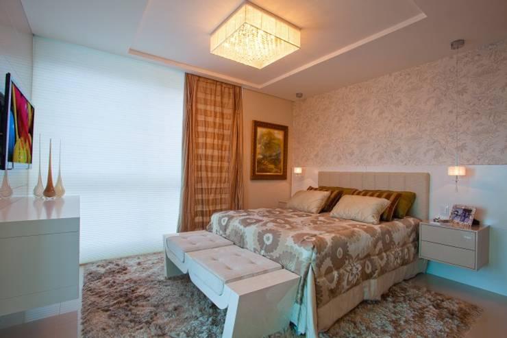 Suite Master: Quartos  por Lima.Ramos.Lombardi Arquitetos Associados