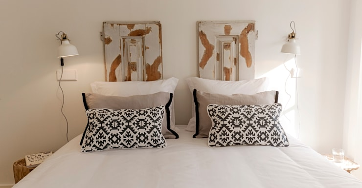 mediterranean Bedroom by Home Staging Factory