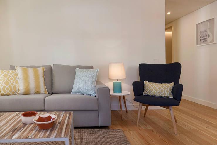 Soggiorno in stile in stile Mediterraneo di Home Staging Factory