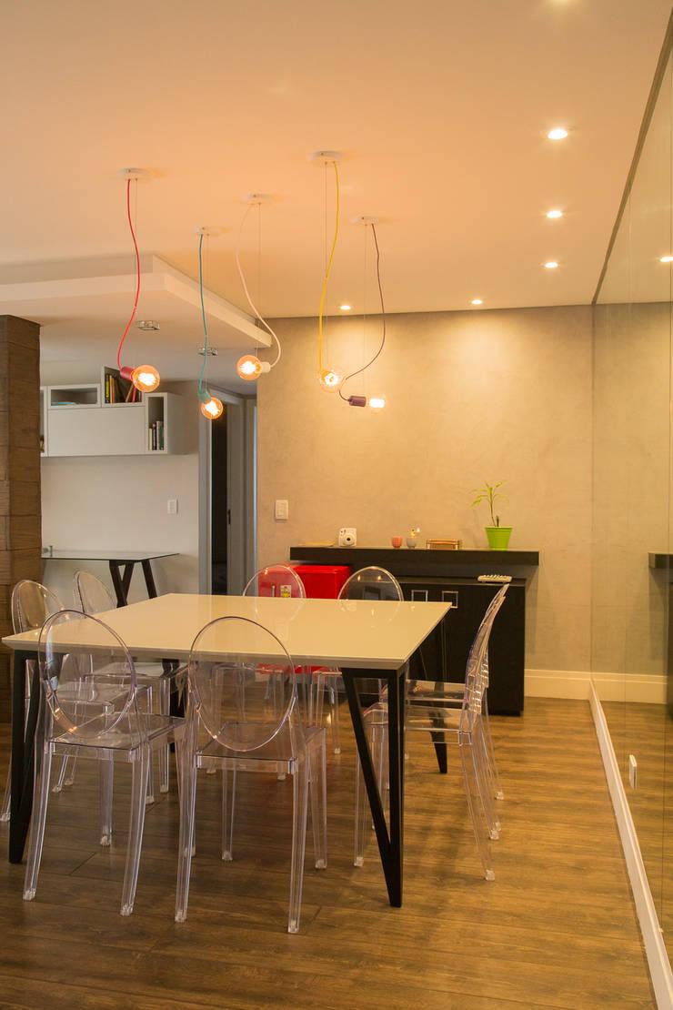 Apartamento MB: Salas de jantar  por Luciana Ribeiro Arquitetura,