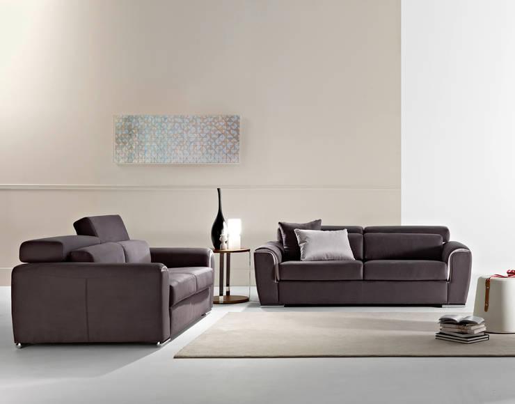 Sofás de 2L e 3L  Sofas 2S and 3S : Sala de estar  por Intense mobiliário e interiores;