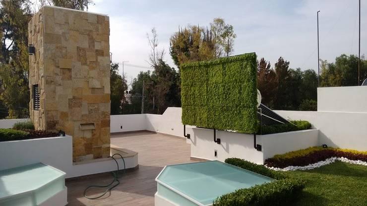 Roof Garden + Terraza Syscom:: Jardines de estilo  por AQ3 Arquitectos
