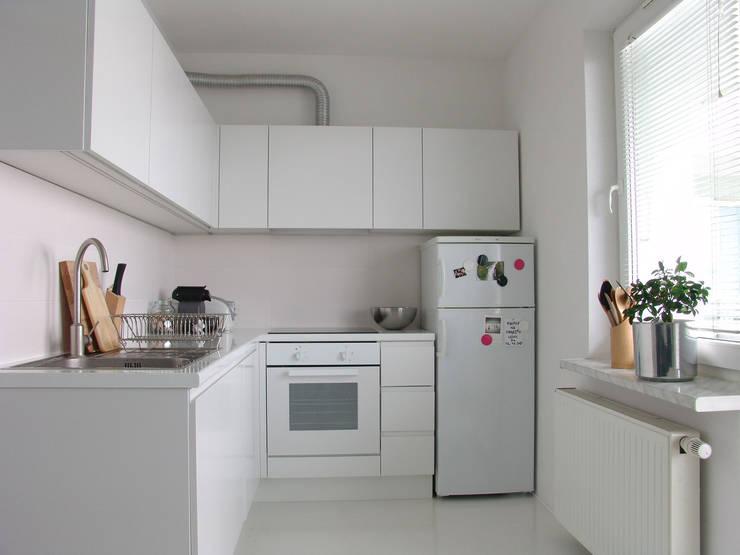 SIERPIŃSKIEGO: styl , w kategorii Kuchnia zaprojektowany przez Małgorzata Gilarska Architekt