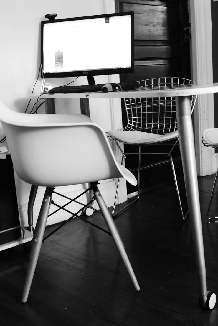 Nuestro estudio: Estudio de estilo  por laura zilinski arquitecta