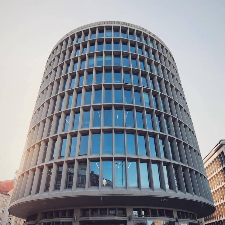 อาคารสำนักงาน โดย Jędrzej Franek Archigrafia, โมเดิร์น