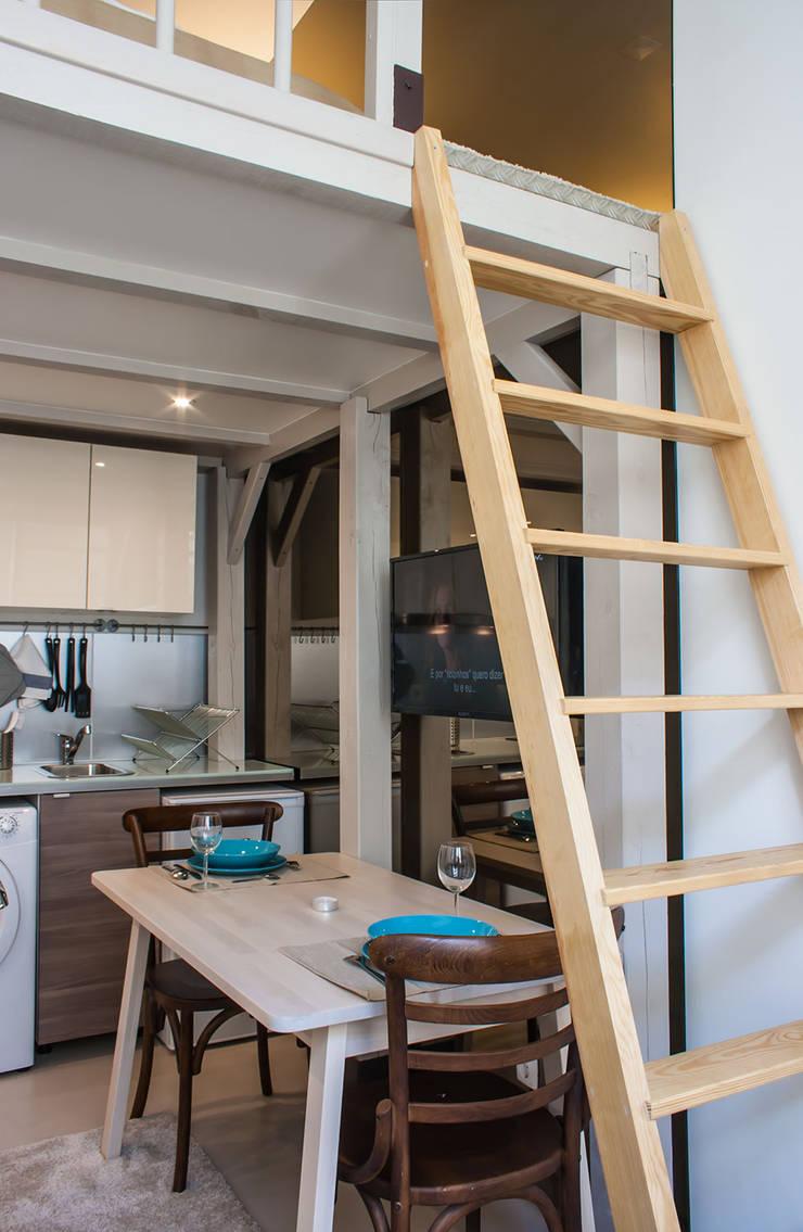 Kitchen: Salas de jantar  por Architecture Tote Ser