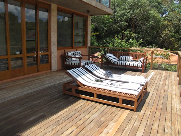 Patios & Decks by Studio LK Arquitetura e Interiores, Rustic