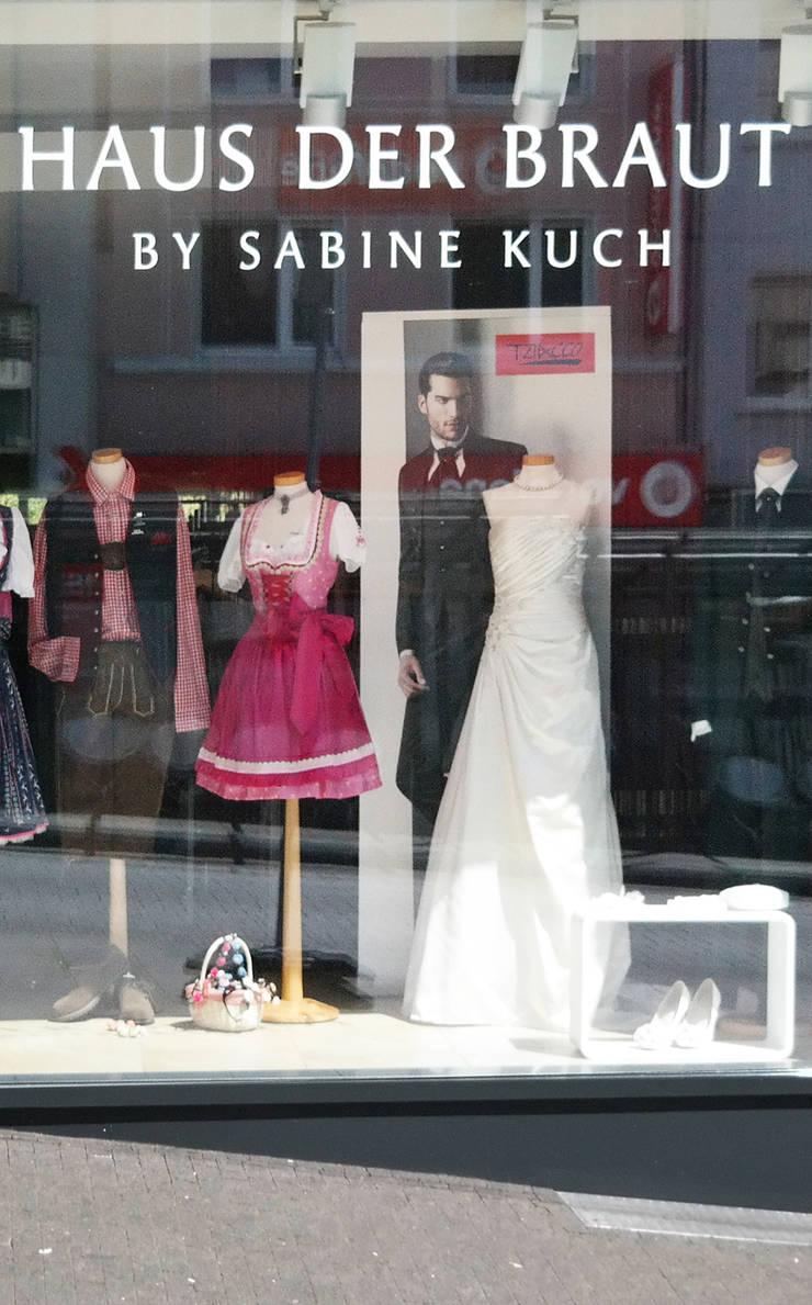 Haus der Braut, Mönchengladbach von Architekturbüro Schumacher | homify