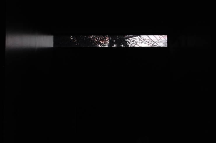 Окна в . Автор – Guadalupe Larrain arquitecta, Лофт