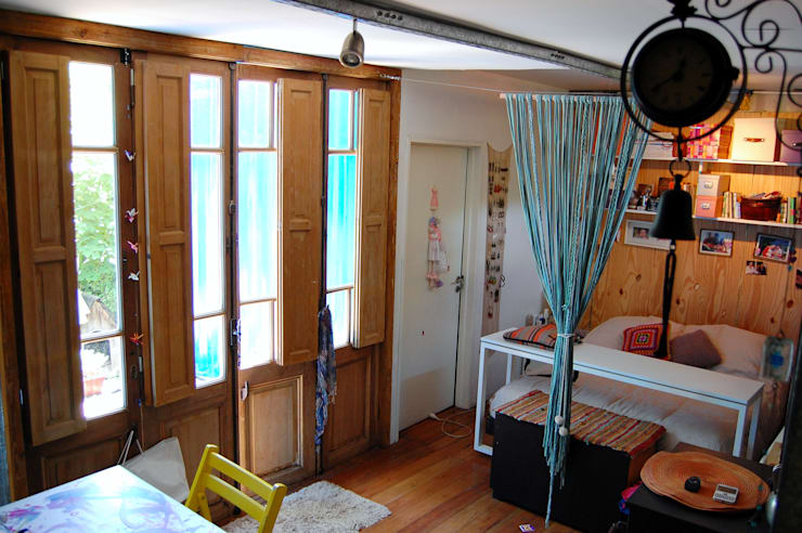 Phòng khách by Guadalupe Larrain arquitecta