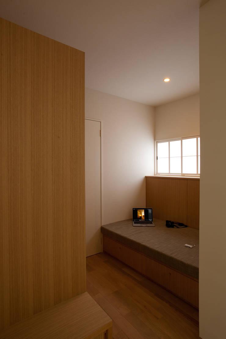 六十谷の家: 辻健二郎建築設計事務所が手掛けた和室です。