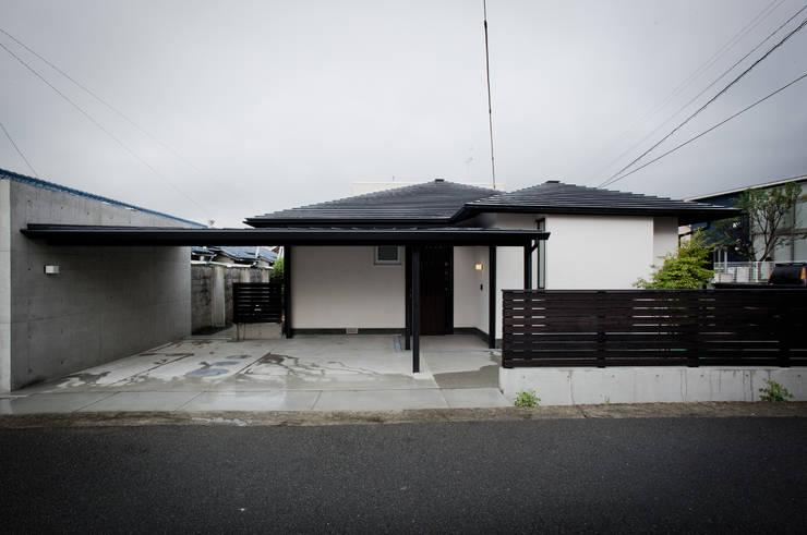 六十谷の家: 辻健二郎建築設計事務所が手掛けた家です。