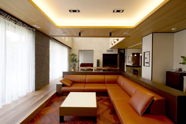 rustic Living room by 有限会社 光設計