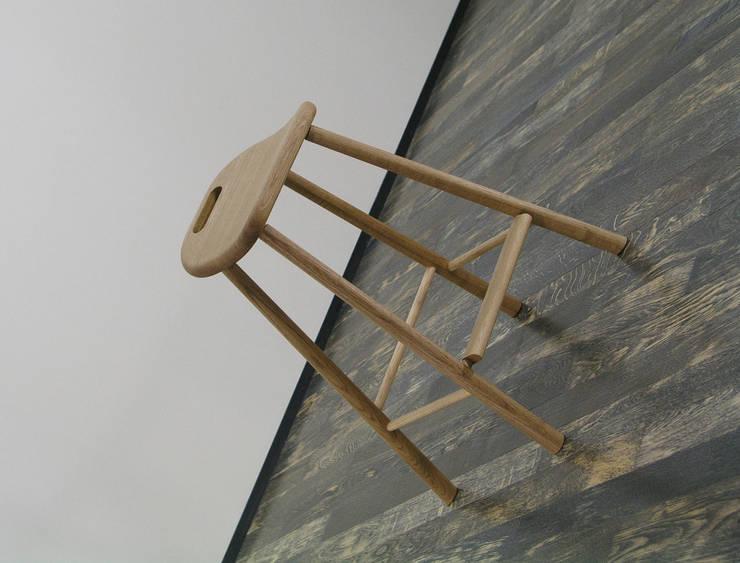 マイスツール: 家具木工 みずき工房が手掛けた勉強部屋/オフィスです。