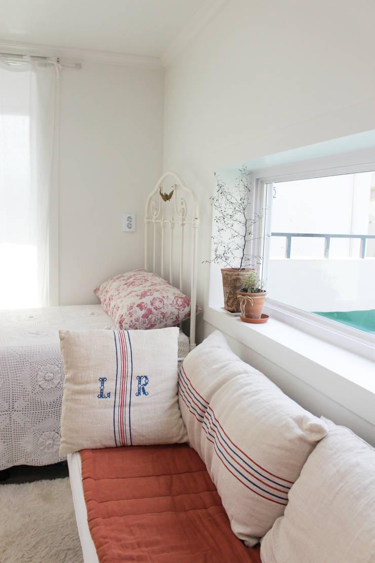 주택 self interior : 쏘나 의  침실,