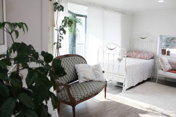 주택 self interior : 쏘나 의  침실