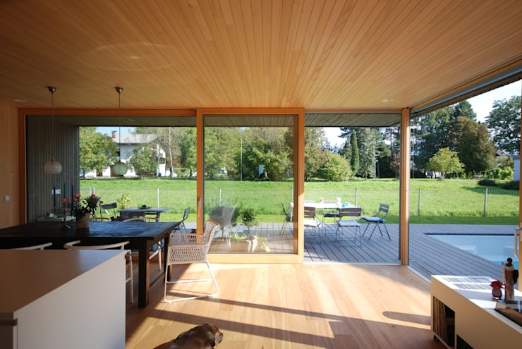 Eetkamer door schroetter-lenzi Architekten
