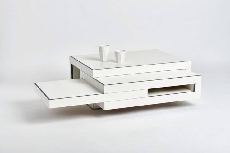 witte salontafel:   door Reinier de Jong Design, Minimalistisch Kunststof