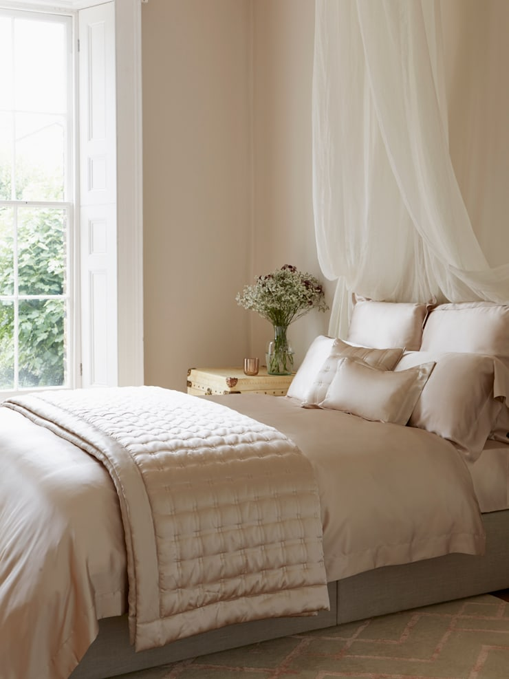 Nude silk bed linen:  Bedroom by Gingerlily