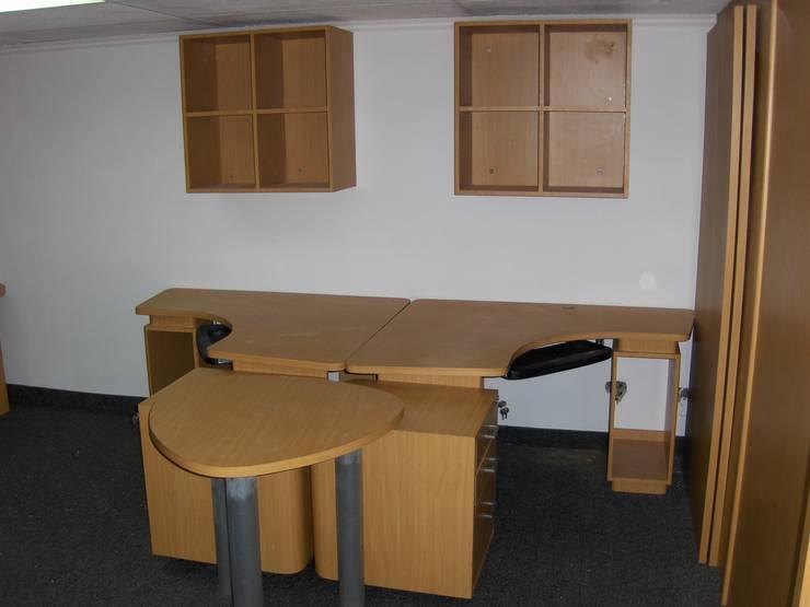 ABS C.A.: Oficinas y Tiendas de estilo  por Forma y Espacio Arquitectos Constructores CA