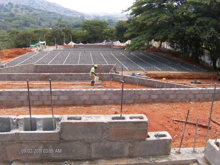 JARDINES DEL RECUERDO ETAPA 9 SECTOR 4 :  de estilo  por ARQUITECTONI-K Diseño + Construcción SAS