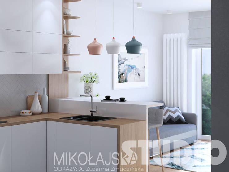 mieszkanie w stylu skandynawskim: styl , w kategorii  zaprojektowany przez MIKOŁAJSKAstudio