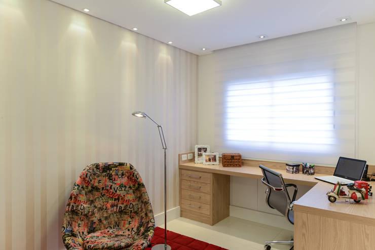 Estudios y oficinas de estilo  por RAFAEL SARDINHA ARQUITETURA E INTERIORES