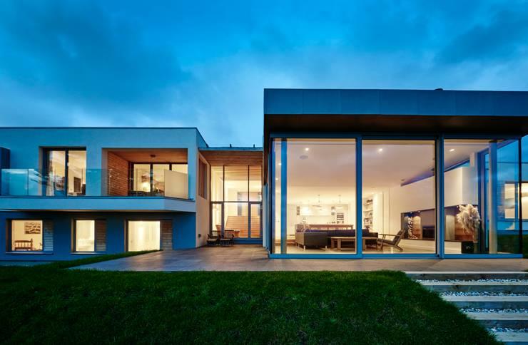 Casas de estilo  por Barc Architects, Moderno