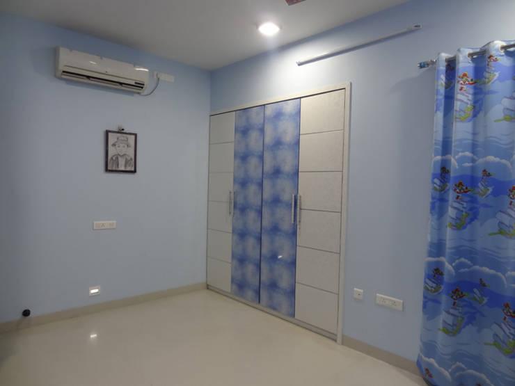 Mr.Gunjan Sharma:  Nursery/kid's room by UNIQUE DESIGNERS & ARCHITECTS