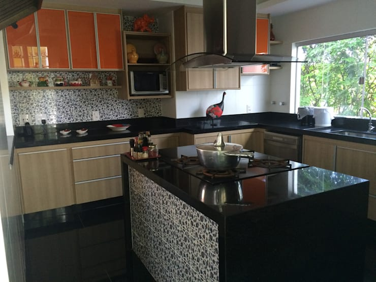 Cozinha gourmet: Cozinhas  por Verônica Oliveira,