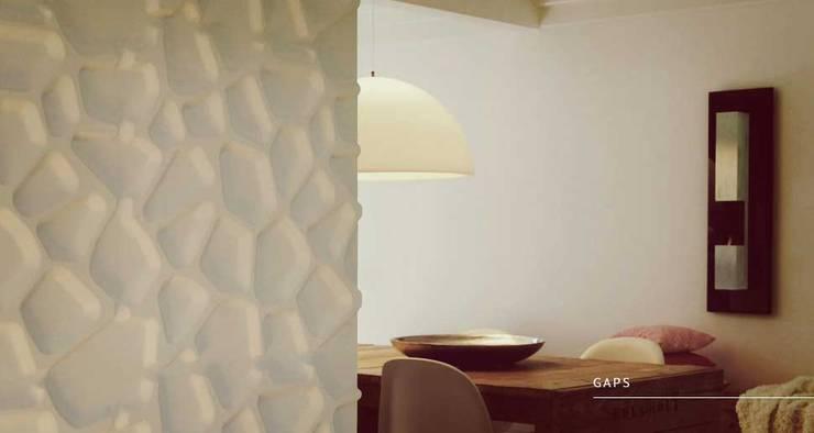 Gaps: Paredes y pisos de estilo  por Escuadra Arquitectura C.A