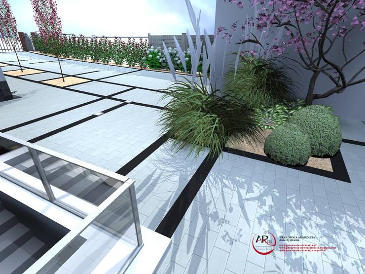 nowoczesny ogród zbudowany ze spadkiem terenu: styl , w kategorii Ogród zaprojektowany przez PRACOWNIA ARANŻACJA ANNA RYPLEWSKA,Nowoczesny