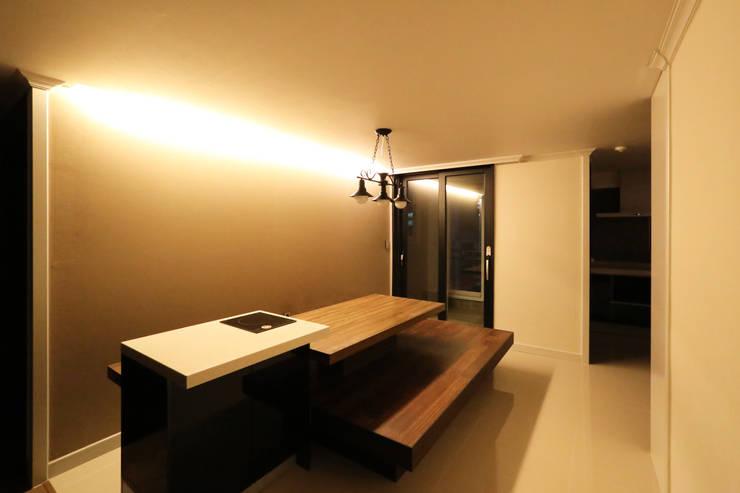 부천 중동 은하마을 48평형 아파트: 금화 인테리어 의  다이닝 룸