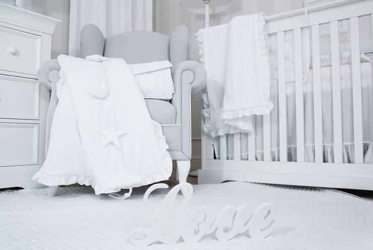 Delikatne tekstylia najwy zszej jakości: styl , w kategorii Pokój dziecięcy zaprojektowany przez Caramella