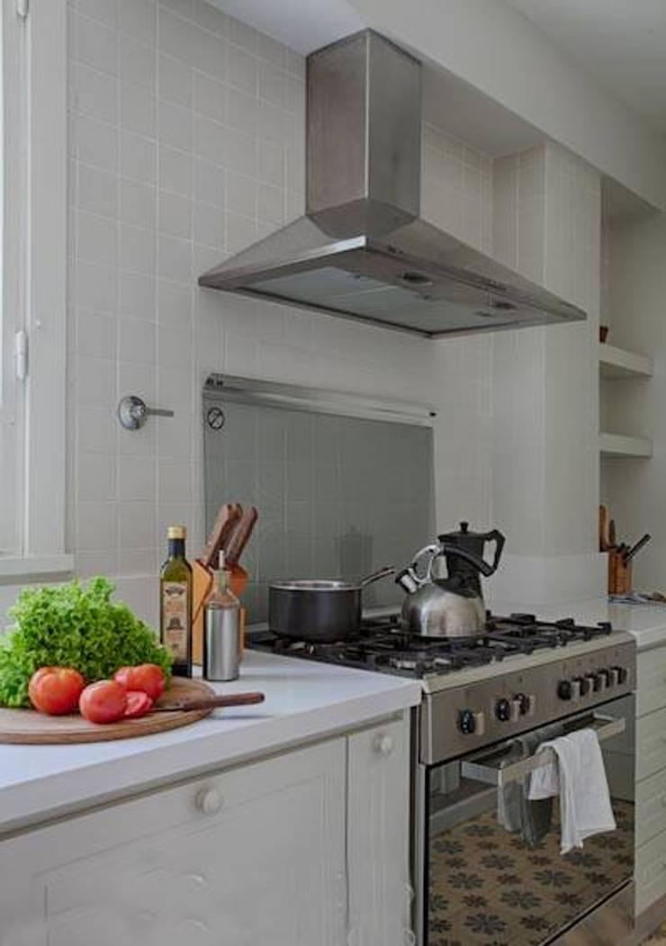 Loreto: Cocinas de estilo  por FEF Arquitectas