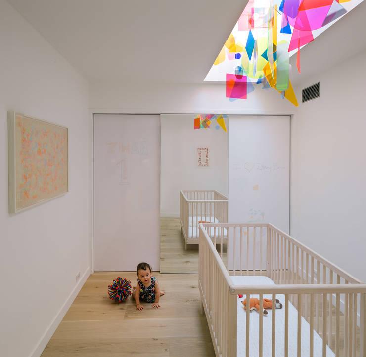 472 Greenwich st, NYC: Dormitorios infantiles de estilo  de ImagenSubliminal